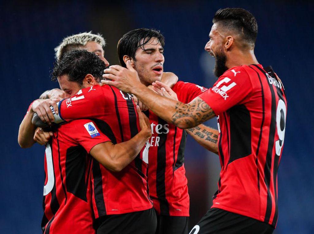 Nesta: AC Milan Ada di Jalur yang Tepat Menangi Scudetto