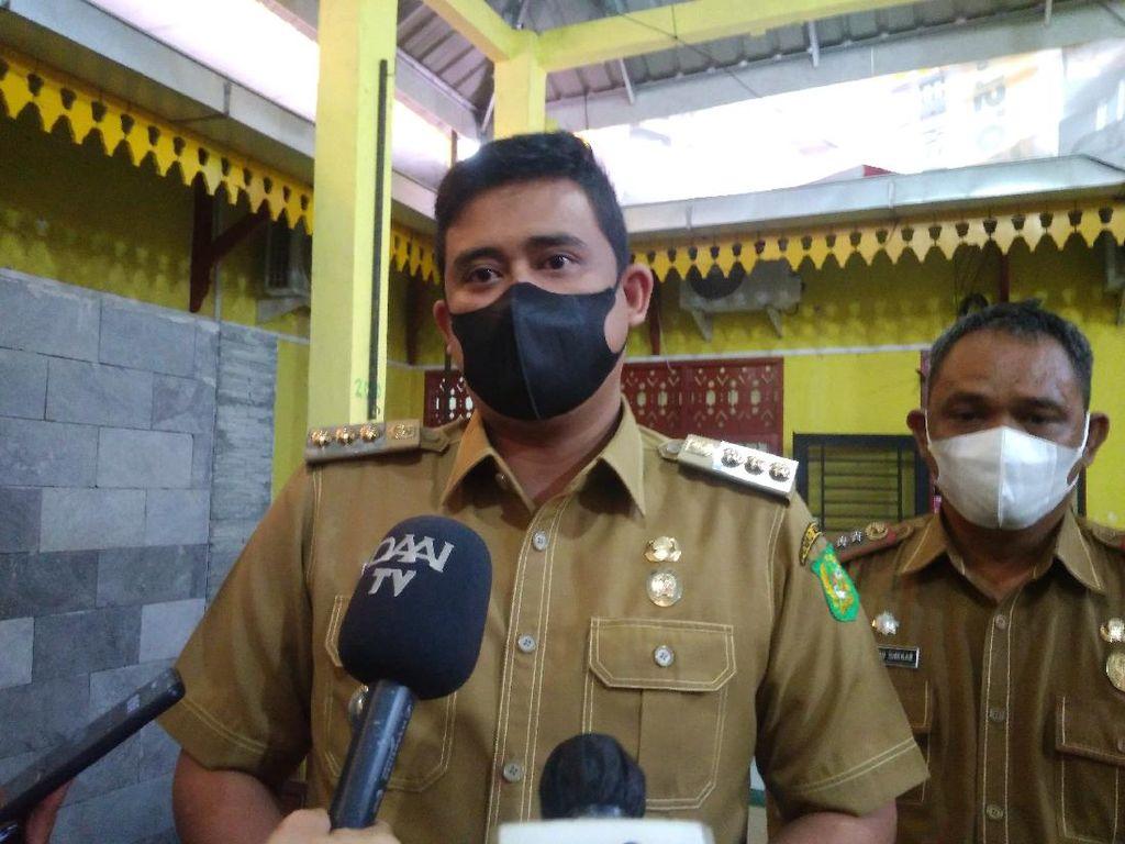 Bobby: Warga Positif COVID Ditolak Isolasi di Asrama Haji Dibawa ke P4TK