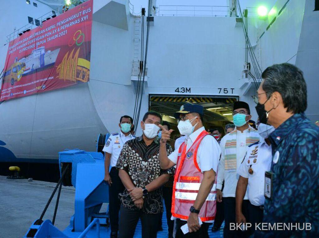 Kemenhub Kirim 428 Bus untuk PON & Peparnas 2021 dari Jakarta