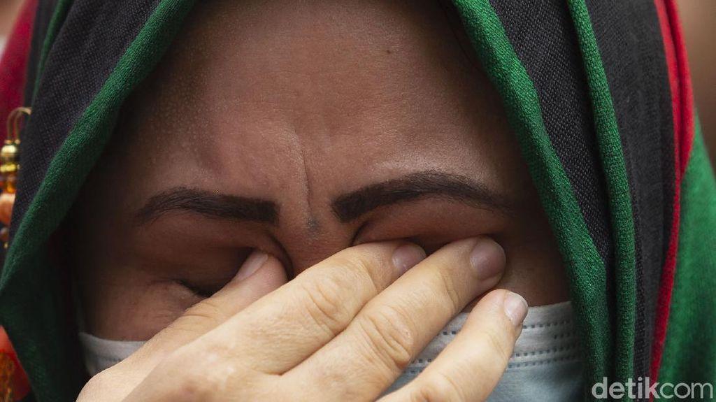 Tuntut Kejelasan Nasib, WN Afghanistan Demo di Kantor UNHCR