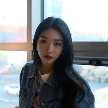 Cantiknya! Idol K-Pop Ini Terlihat Seperti Disney Princess di Dunia Nyata