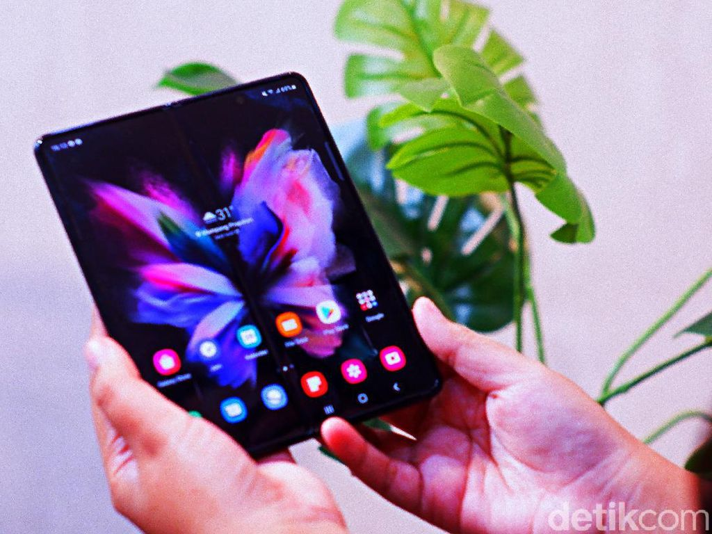 Ada PPKM, Pemesanan Galaxy Z Fold 3 & Flip 3 di Indonesia 8x Lipat