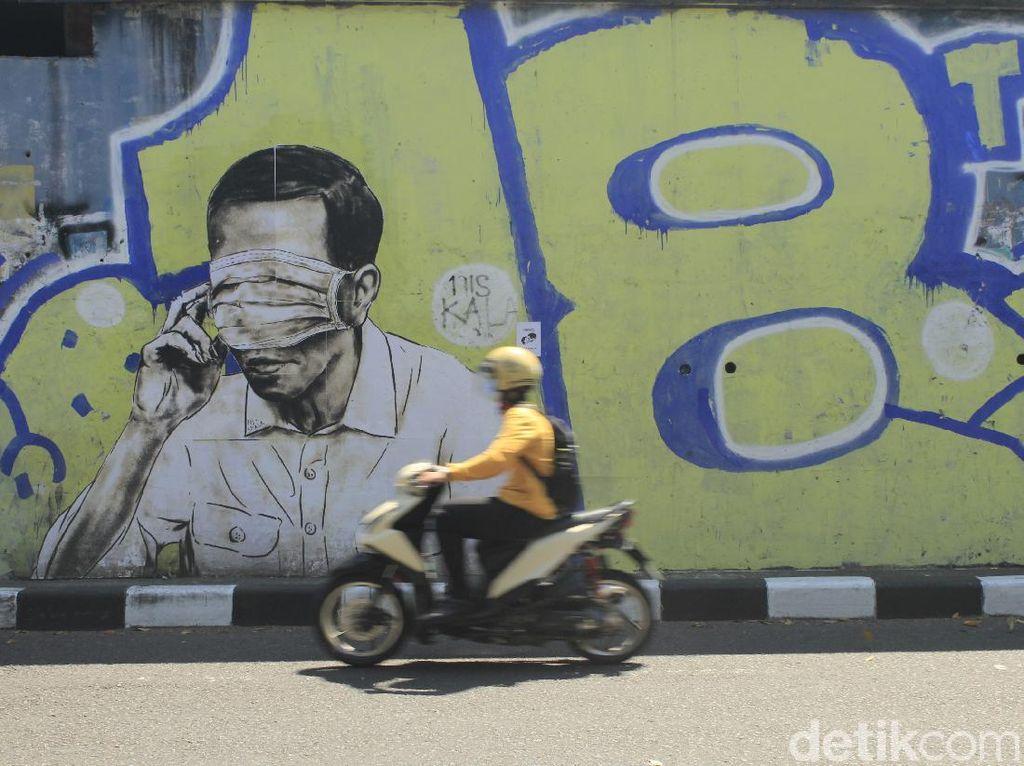Jabar Hari Ini: Mural Mirip Jokowi-Dua Klan Kesultanan Cirebon Ricuh