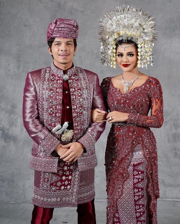 Aurel dan Atta menikah saat pandemi dihadiri presiden Jokowi