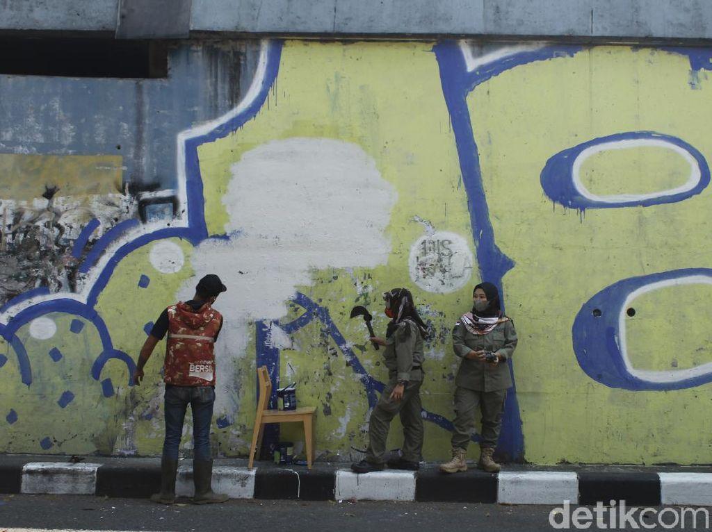 Mural Mirip Jokowi Ternyata Dihapus Satpol PP Bandung, Ini Alasannya