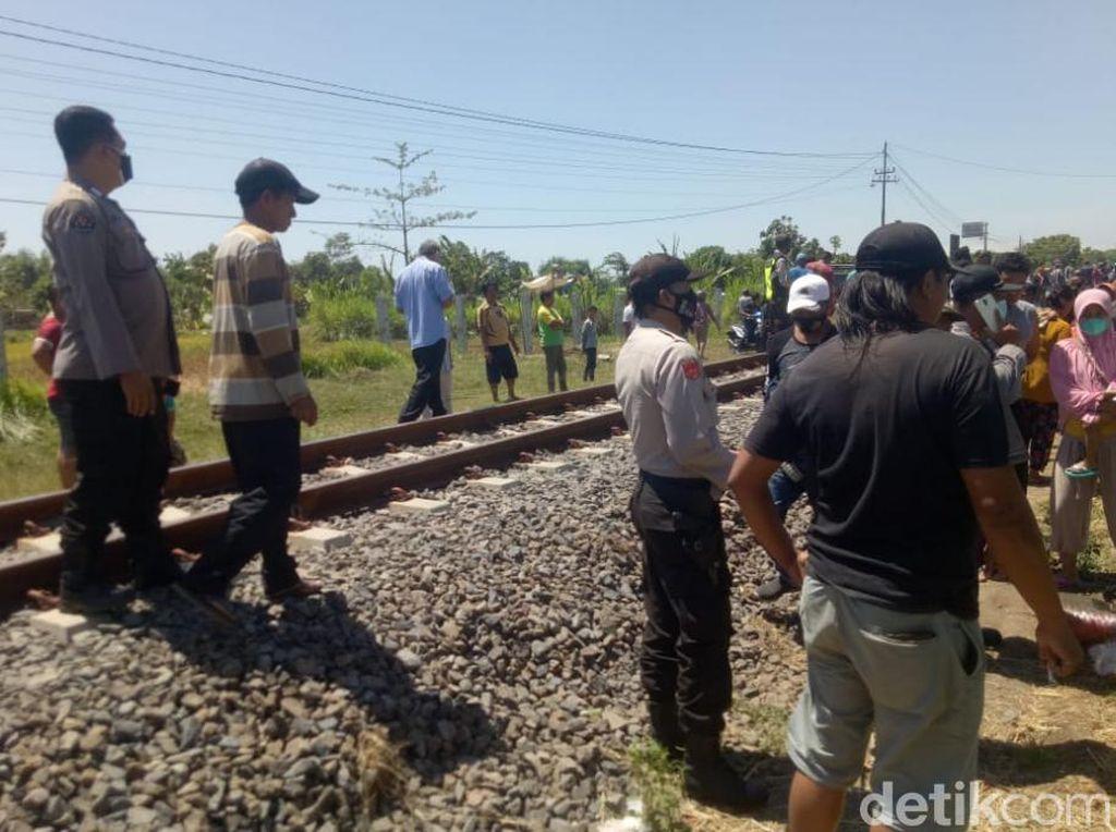 Pedagang Sayur di Pasuruan Tewas Tertabrak KA, Tubuhnya Terlempar 50 Meter