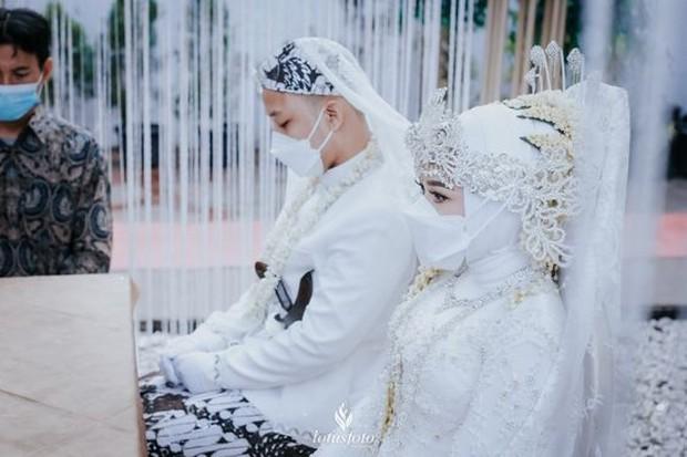 pernikahan yang diadakan di masa pandemi covid 19