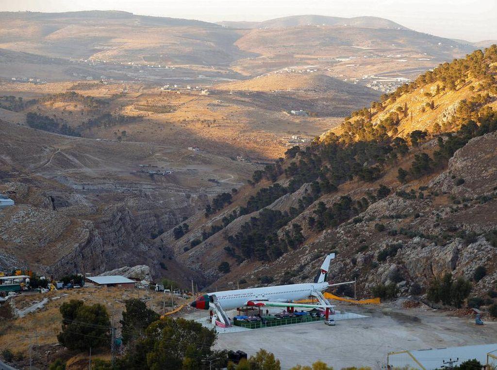 Akhirnya Ada Kafe Pesawat di Tepi Barat, Butuh Waktu 22 Tahun untuk Rilis