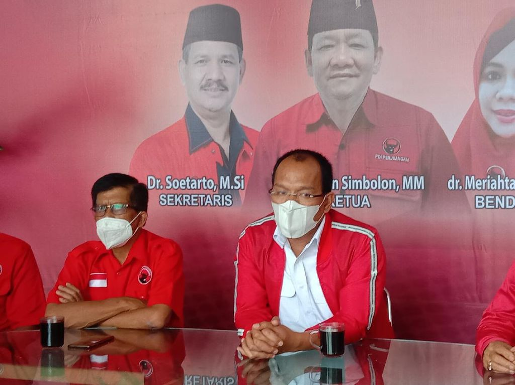 Batalnya Mobil Dinas Miliaran Bupati di Sumut Berkat Arahan Megawati