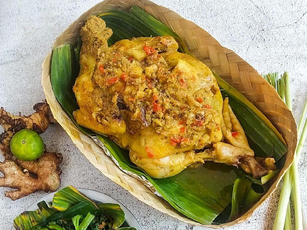 Resep Pembaca: Resep Ayam Betutu Gilimanuk yang Pedas Gurih Berempah