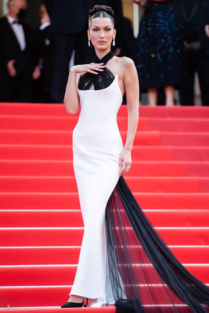Bella Hadid di Cannes 2021