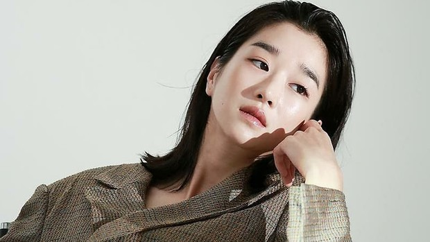 Artis cantik Korea Seo Yea Ji.