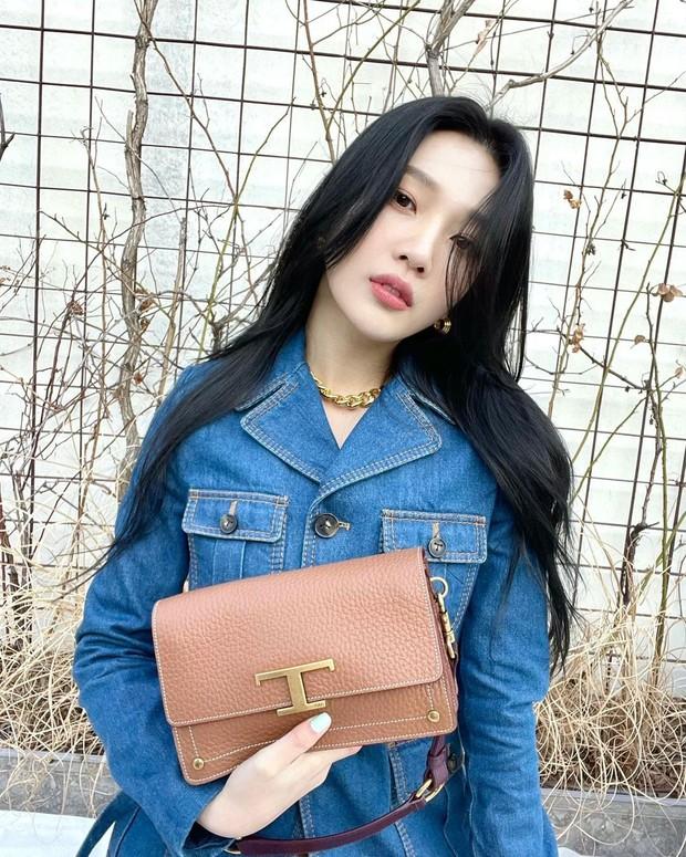 Makeup Joy Red Velvet saat Hangout/ Foto : instagram.com/_imyour_joy