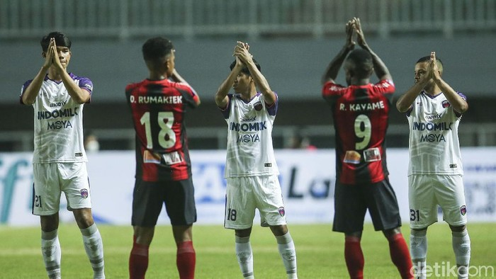 Persita Tangerang berhasil mengalahkan Persipura Jayapura pada pertandingan BRI Liga 1 2021. Pendekar Cisadane menang tipis 2-1.