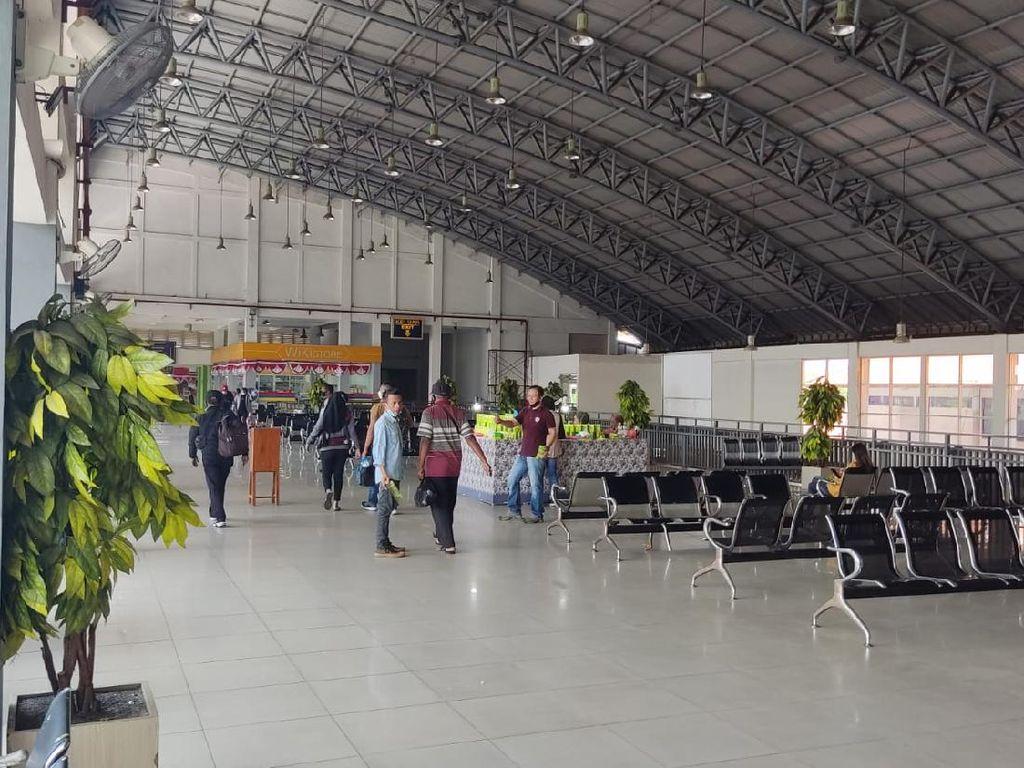Terminal Purabaya Belum Terapkan Syarat Penumpang Pakai Aplikasi PeduliLindungi