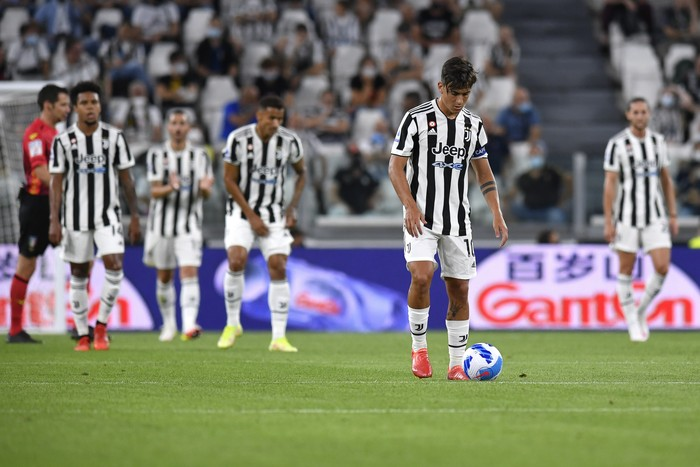 TURIN, ITALY - AUGUST 28: Paulo Dybala of Juventus reacts during the Serie A match between Juventus and Empoli FC at Juventus Stadium on August 28, 2021 in Turin, Italy. (Photo by Giorgio Perottino/Getty Images)