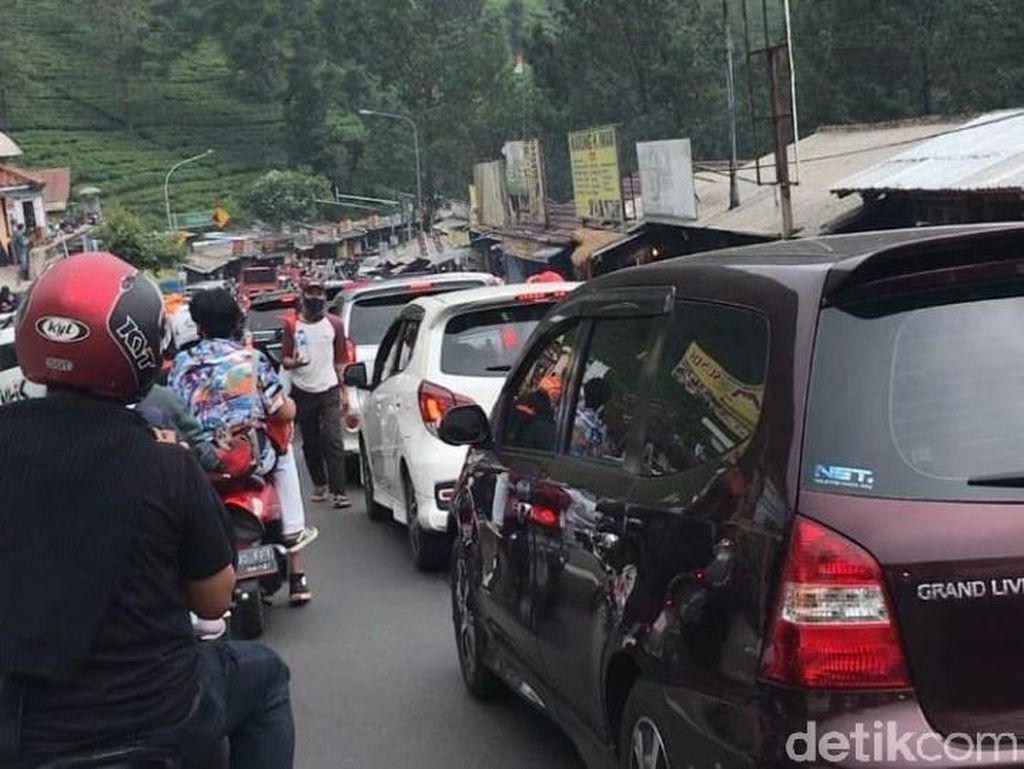 Revenge Tourism di Akhir Pekan, Sandiaga: Traveler Trauma PPKM Level 4