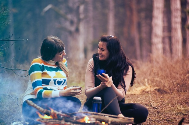 Sahabat yang cocok berdasarkan zodiak (foto: pexels.com/alexandr podvalny)
