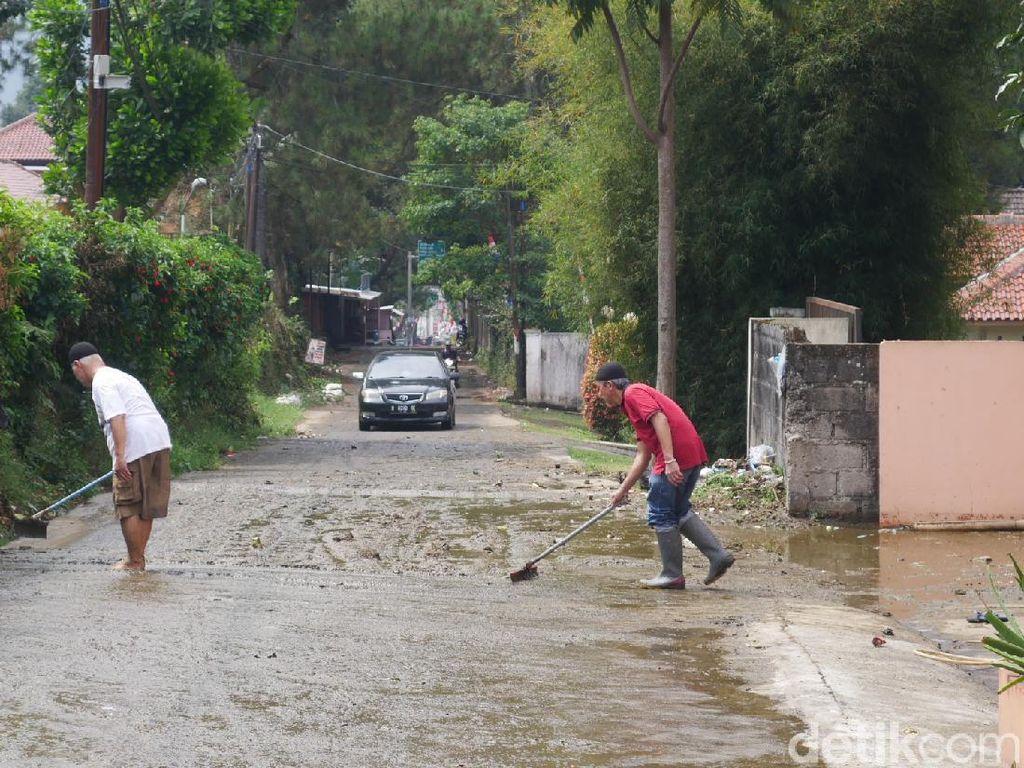 Puluhan Rumah di Lembang Bandung Barat Terdampak Banjir Kotoran Sapi