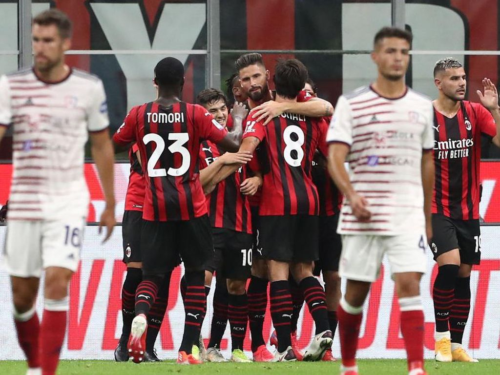 Hernan Crespo Minta Milan Permalukan Liverpool di Anfield