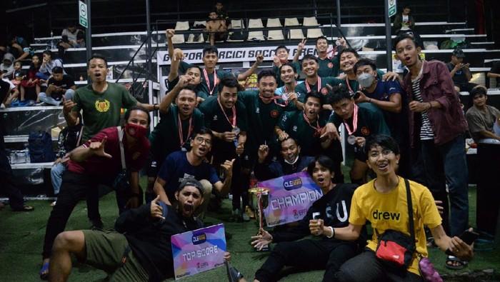 Komunitas Fans Klub Eropa Gelar Turnamen, INDO BARCA Jakarta Juaranya  European Football Fans Association Indonesia (EFFA Indo) atau bisa disebut Komunitas Fans klub sepakbola Eropa baru saja menggelar turnamen mini Soccer. Indo Barca Jakarta jadi juaranya.
