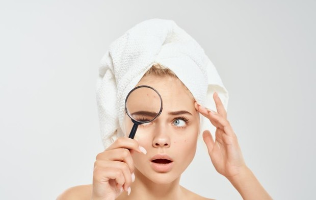 Buat kamu yang memiliki masalah minyak berlebih pada kulit, kamu bisa mengatasinya dengan mengonsumsi ginseng.