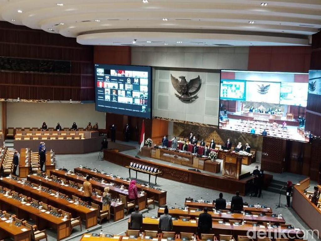 HUT Ke-76 DPR, Puan Banggakan Pengesahan UU Ciptaker di Tengah Pandemi