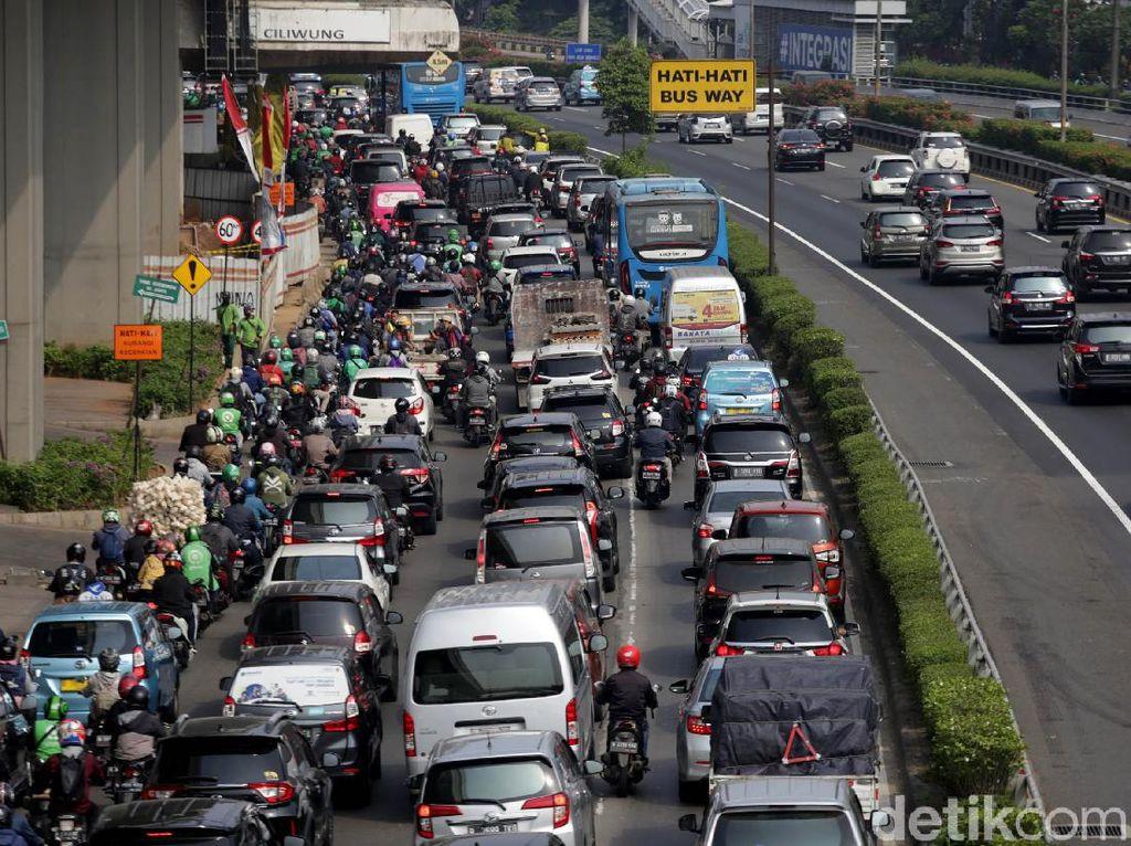 Syarat Perjalanan Selama PPKM Jawa-Bali yang Diperpanjang Hingga 13 September