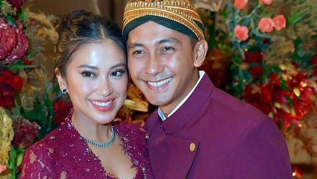 10 Foto Harmonis Tyna Kanna & Kenang Mirdad, Cerai Setelah 12 Tahun Nikah