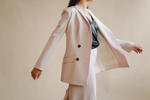 Virgo jadi trensetter berkat fashion style yang unik/Foto: freepik.com
