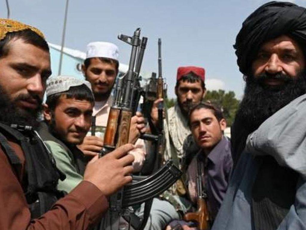 Taliban Rayakan Kemenangan, Orang Dekat Osama bin Laden Kembali