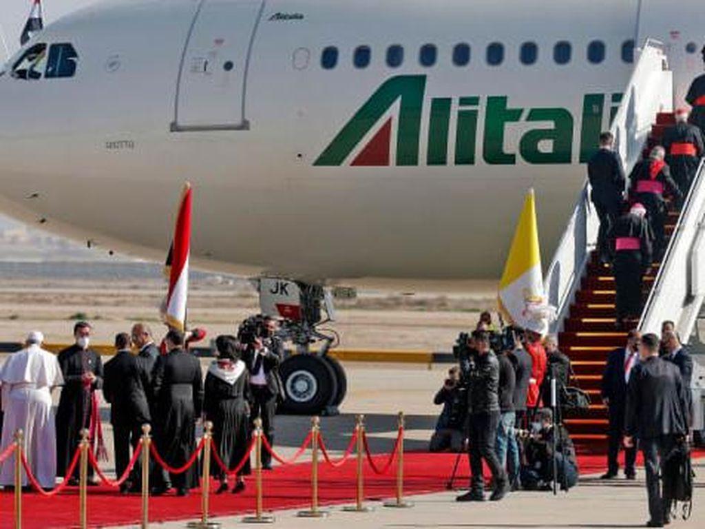 Maskapai Nasional Italia Bangkrut, Ini Kisah Kebangkitan dan Kejatuhan Alitalia