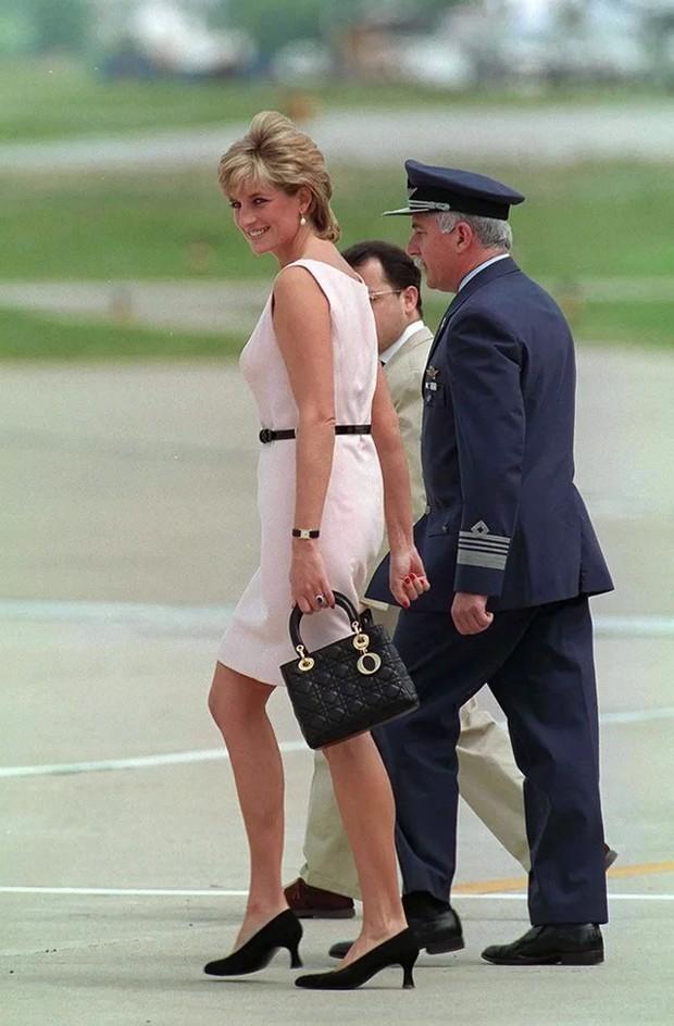 Lady Dior yang terinspirasi dari Lady Diana/