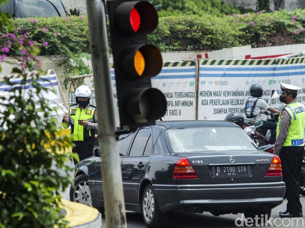 Syarat Berkendara saat PPKM Level 1,2, dan 3 di Pulau Jawa-Bali yang Makin Longgar