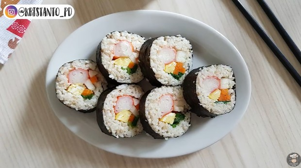 Kimbab, sushinya orang Korea | Foto : Youtube/Puguh Kristanto