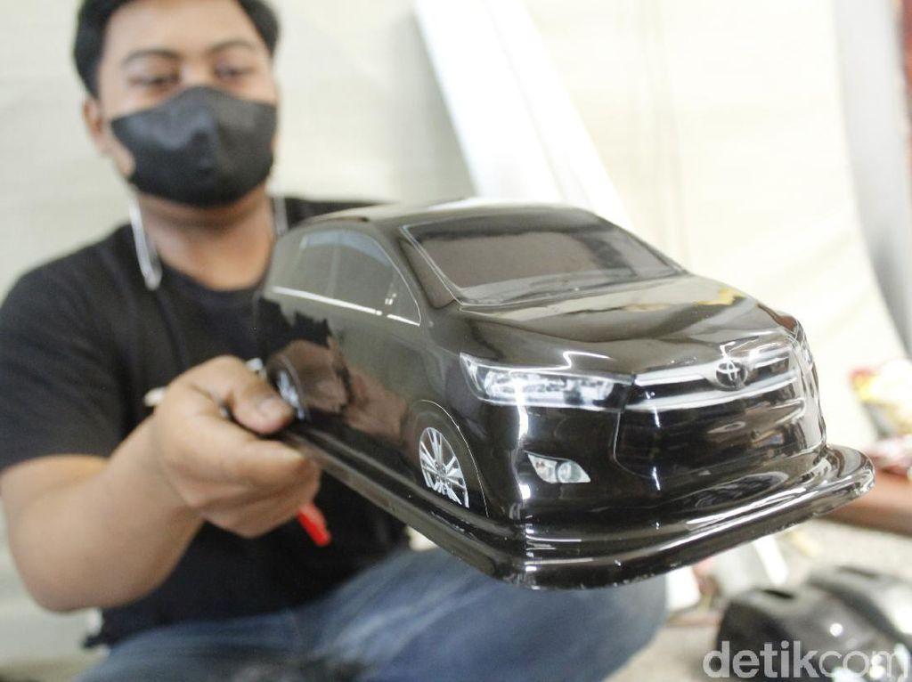 Berawal dari Hobi, Mobil Kotak Tisu Made in Bandung Tembus Mancanegara