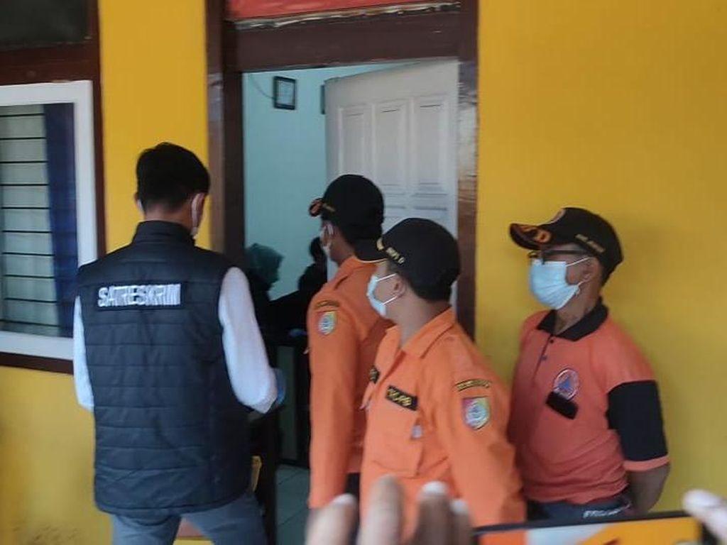 Dugaan Korupsi Anggaran Pemakaman COVID-19, Polisi Geledah Kantor BPBD Jember