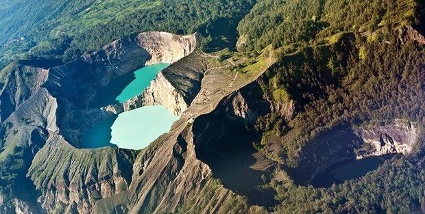 Taman Nasional Kelimutu, Nusa Tenggara Timur/Foto: pinterest.com