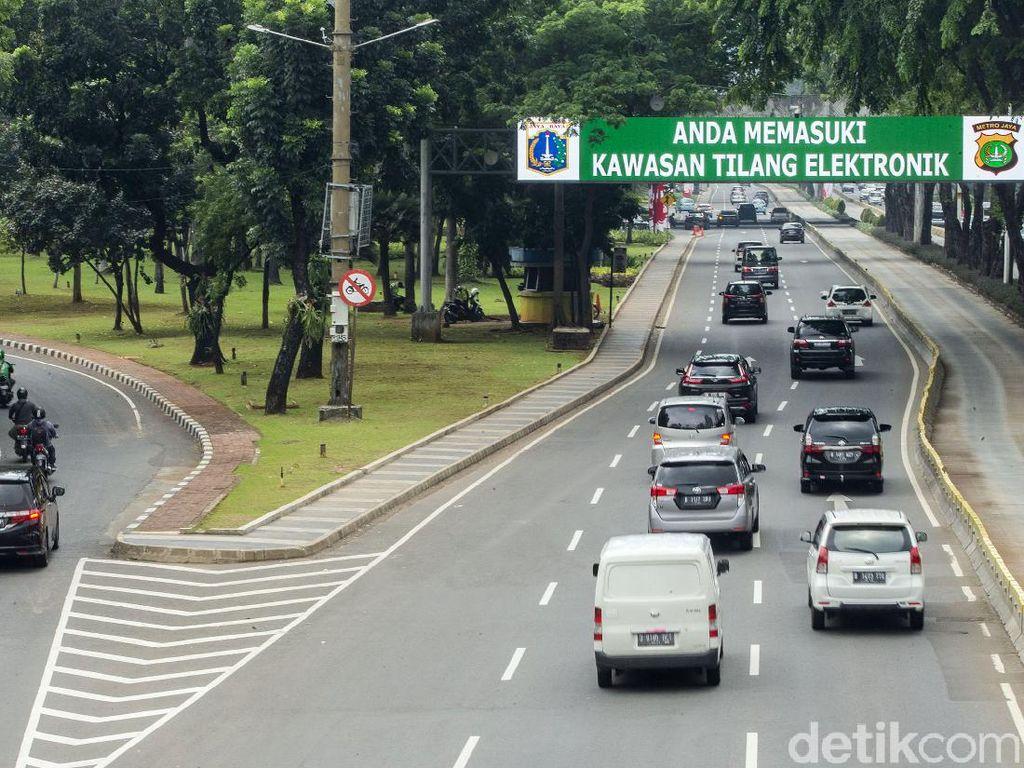 Ganjil Genap Jakarta Berlanjut Hari Ini: Melanggar Langsung Tilang!
