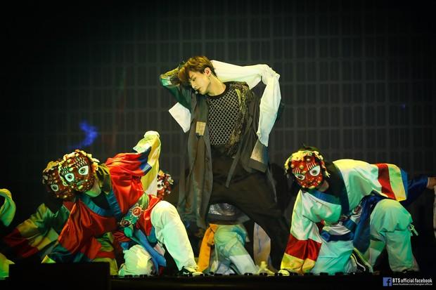 Jungkook memiliki keahlian dalam menari
