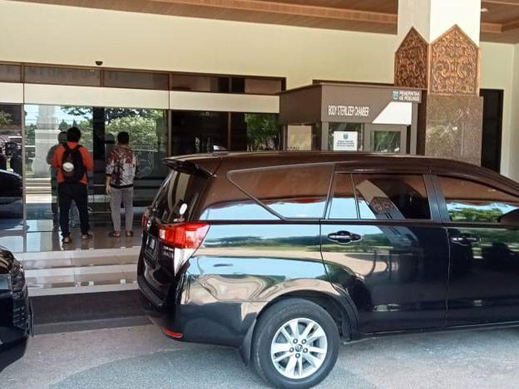 KPK Juga Geledah Kantor Pemkab Probolinggo, 2 Kecamatan dan Balai Desa