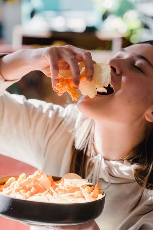 Makan Terlalu Cepat / foto : pexels.com/TimSamuel