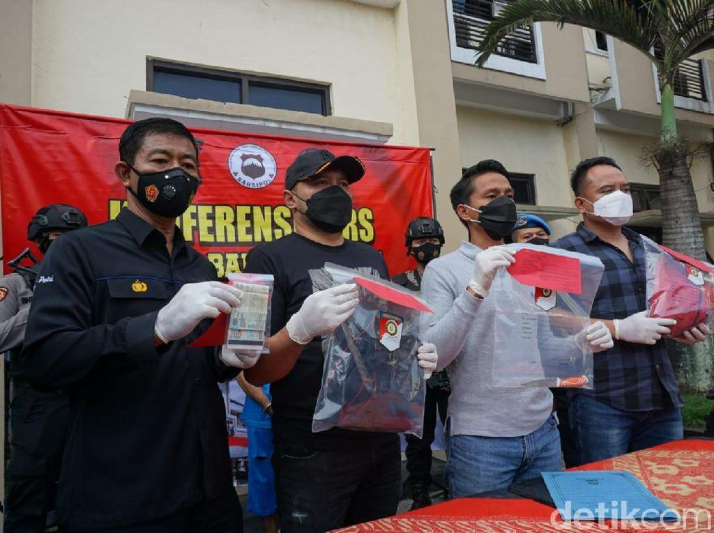 Detik-detik Suami Sadis Bunuh Istri di Tengah Jalan Banjarnegara