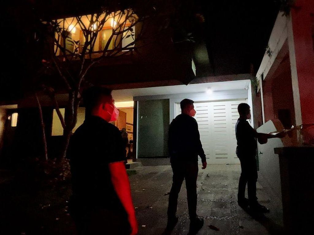 Pabrik Sabu di Rumah Mewah Tangerang Digerebek, 2 Orang Ditangkap!