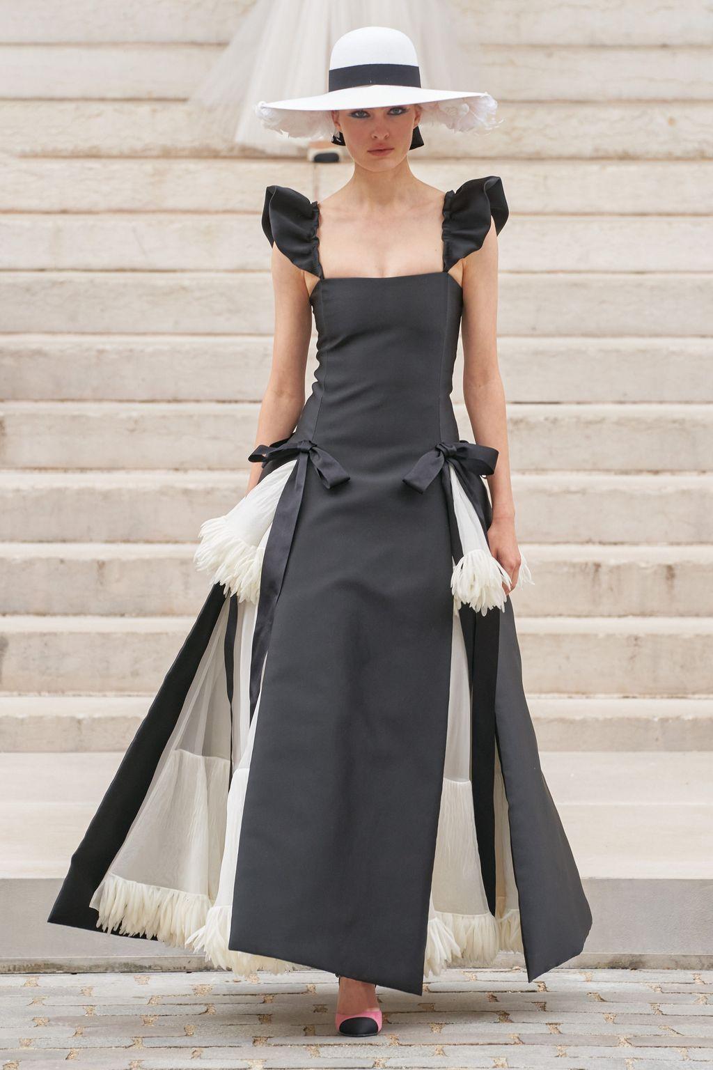 Chanel Haute Couture Fall 2021