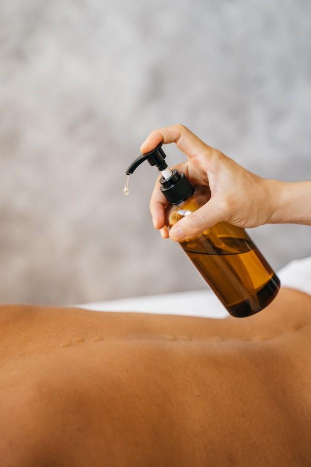 Body oil/