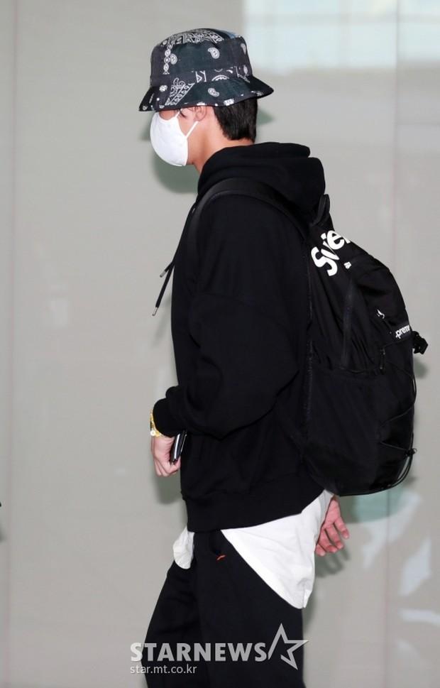 Park seo jun berangkat untuk syuting marvel