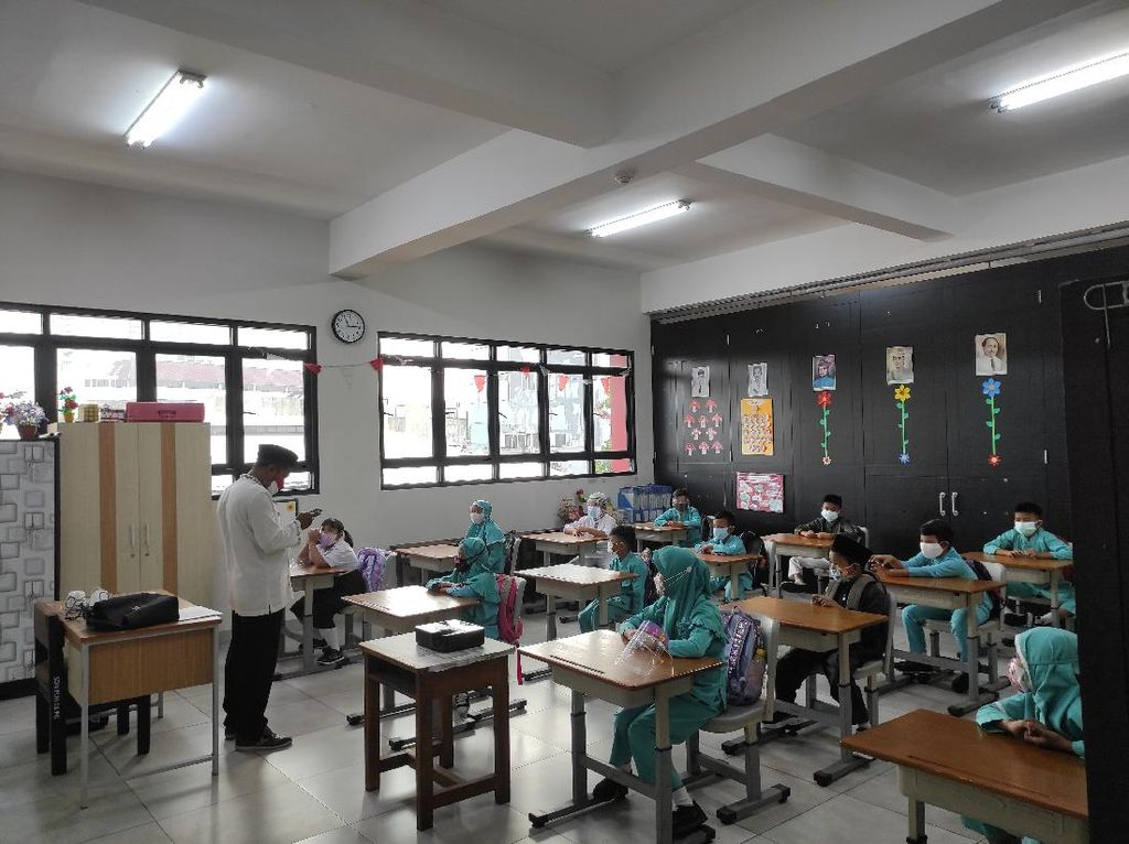 Sekolah Tatap Muka, Berapa Lama Durasi Pertemuan Jenjang PAUD-SMA?