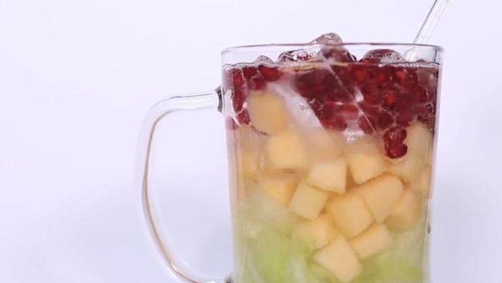 10 Kreasi Es dan Minuman Praktis yang Nyegerin Banget