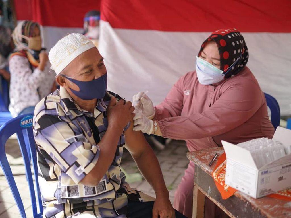 Percepat Vaksinasi di Daerah, Ibas Salurkan Ribuan Dosis Vaksin